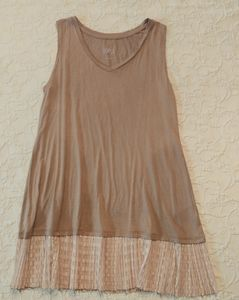 CUTE LOGO LAYERS TUNIC TOP BY LORIE GOLDSTEIN